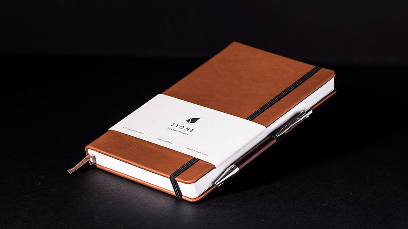 Designed by chefs, for chefs, the Stone notebook is made for the rigours and creativity of the professional kitchen