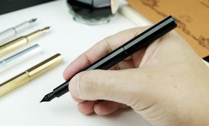 XS black aluminum - writing