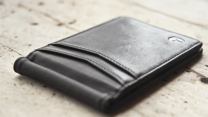 100% full grain distressed leather - the highest-grade leather on the market!