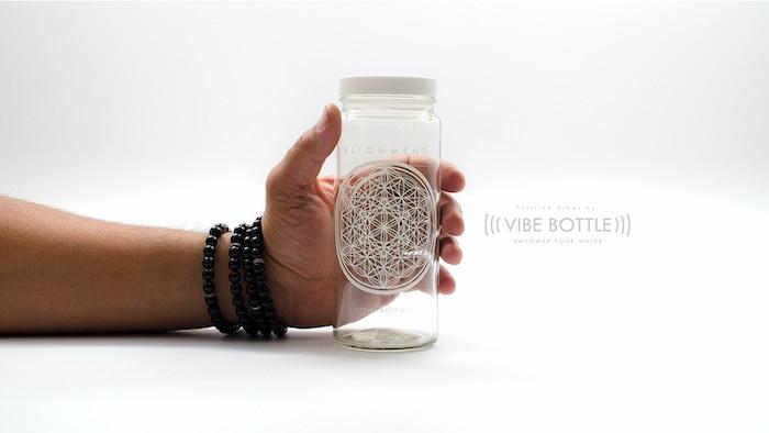 7b25aef3ea ... Geometry Water Bottles.