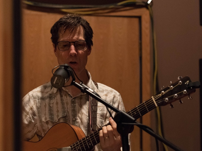 Steve Dawson is a versatile & powerful singer, and an incredible guitarist. (photo by Tim Brown)