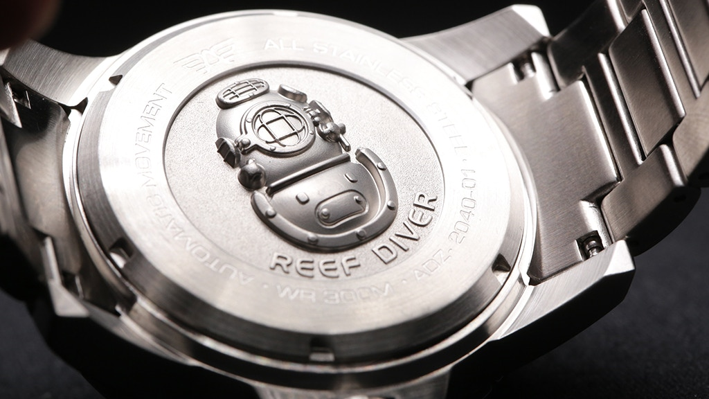 The Reef Diver 300m - High Quality, Luxury Dive Watch project video thumbnail