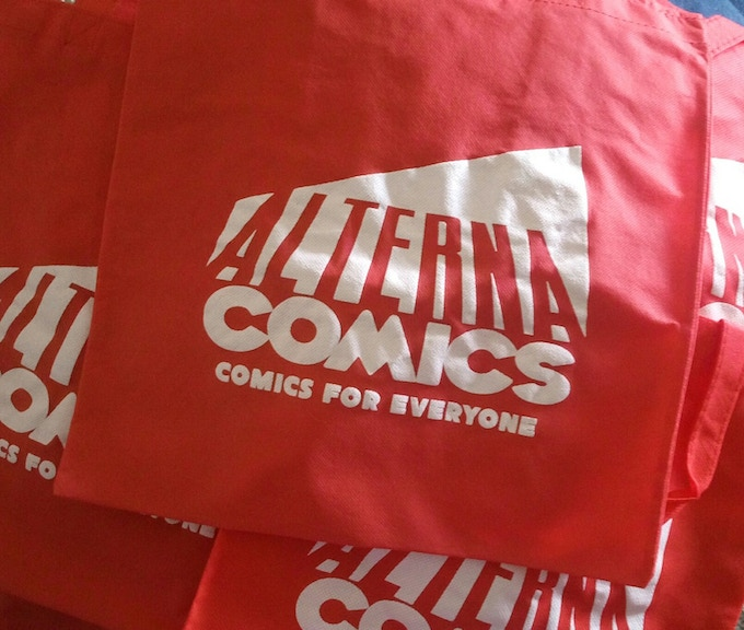 Carry some comics around with this 13x15 tote bag!