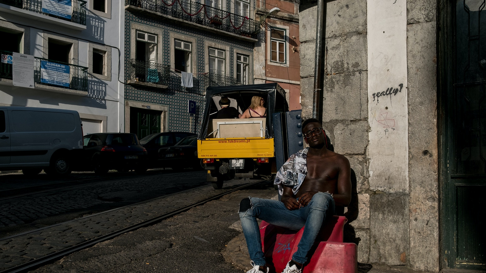 A street photography/documentary project that examines the European society and studies its essence.