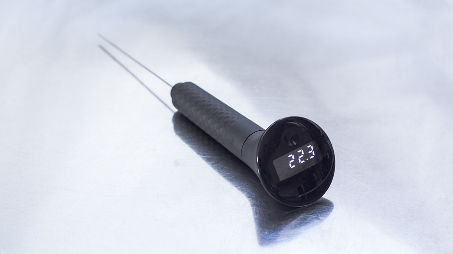 Still want to prebook the thermometer? Send us a mail!