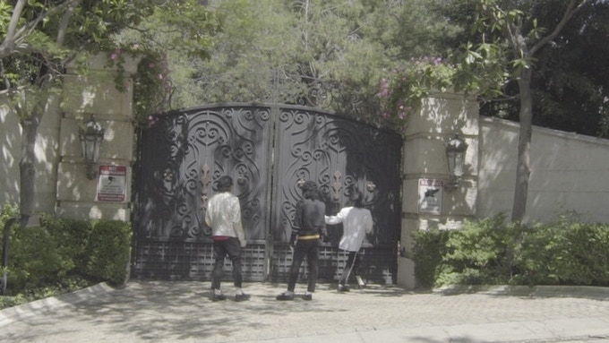 QUINTIN, CHAVAIL AND MALACHI OUTSIDE MICHAEL JACKSON'S HOLLYWOOD HOME.