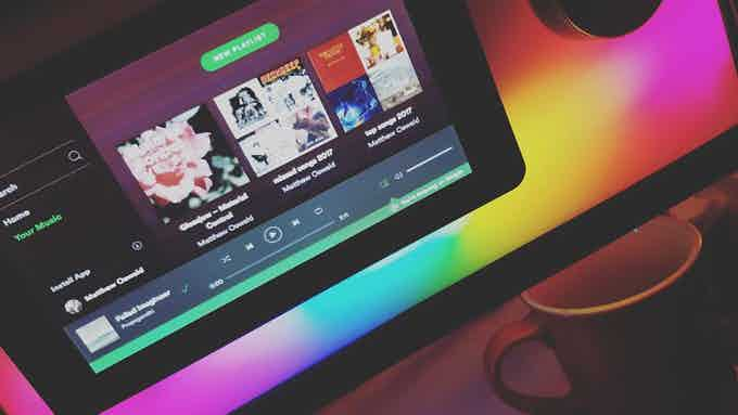 Run your favorite apps on Mugsy, like Spotify and more!