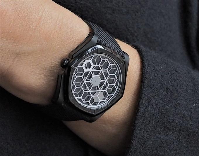 KAGURA - Full black PVD - Onyx dial - 44mm