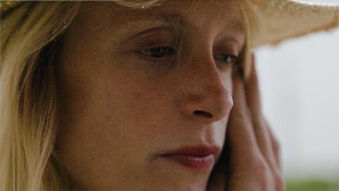 Marie Lefevre - PSI est sa première apparition à l'écran.