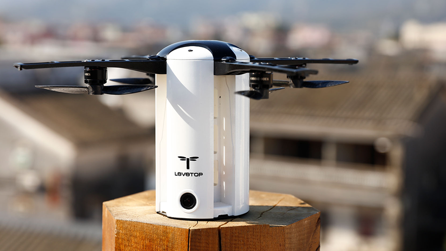 LeveTop is an intelligent drone with a 20 minute flight time, compact portable frame, & 1080P stabilized camera for everyday adventure.