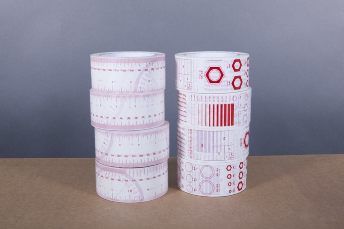 £36 - 8 rolls (4 of each design)