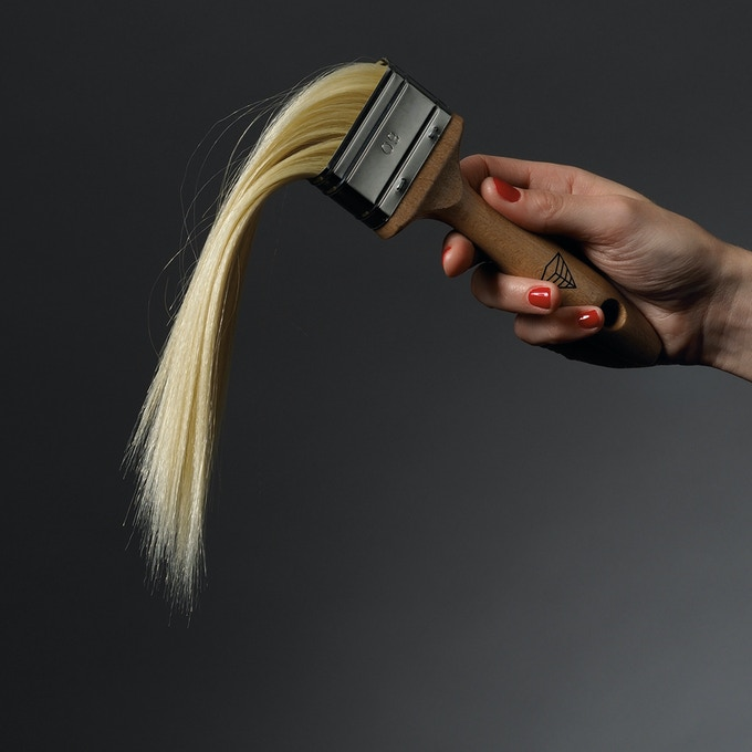 Strange brush.