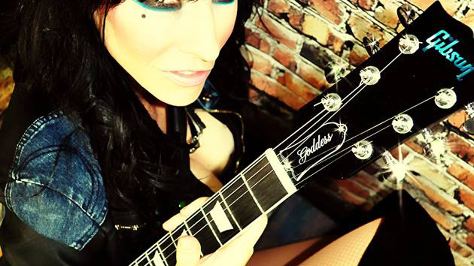 """Known as the """"Super Girl from the USA""""! Leona X is set to record a new CD! The new songs are raw, sexy and guitar heavy rock n roll!"""