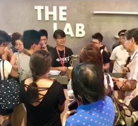 LIVE Roasting Demo @ Singapore Coffee Festival 2017