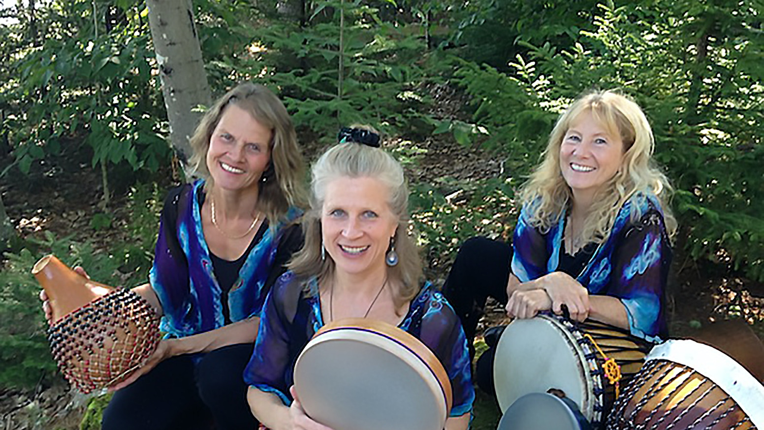 Our campaign was a resounding success and we surpassed our goal! Your support has made it possible to complete our CD and to bring our teachings and music abroad. With loving gratitude we thank you so much. Stay tuned for more. Big Hugs!