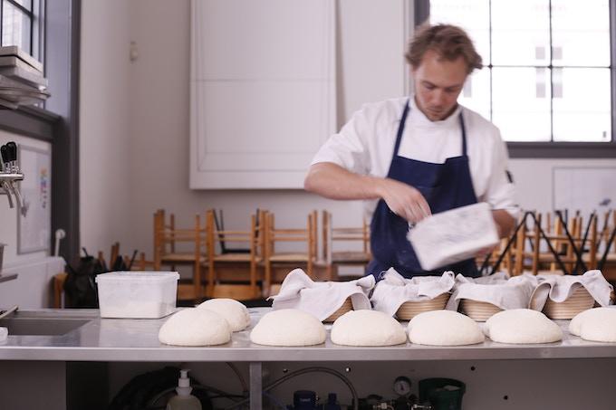 Jesper baking at Apollo bar