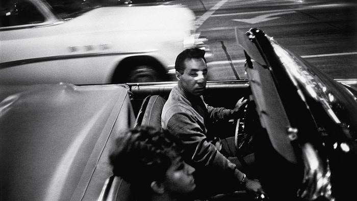 Garry Winogrand: All Things Are Photographable by Sasha Waters Freyer