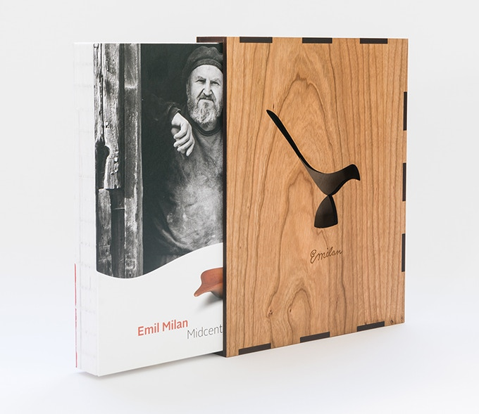 Limited Edition version with Cherry veneer wood slip case