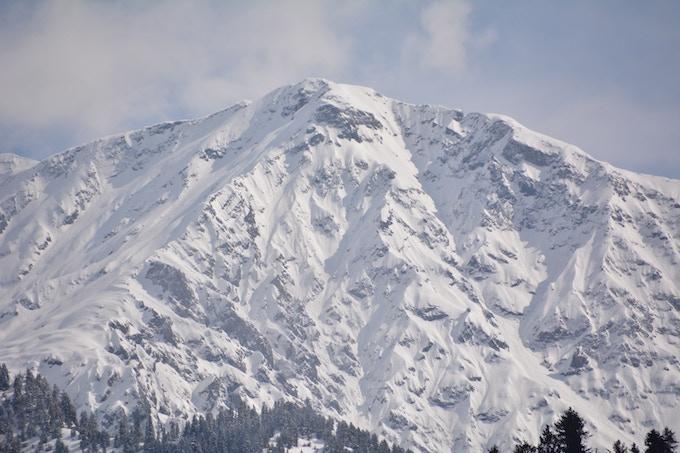 Pahalgam mountain range in Kashmir
