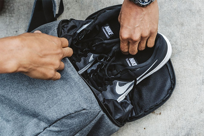 No more bag switching. Carry your work and gym items in one bag. Sleek for work, roomy for the gym.