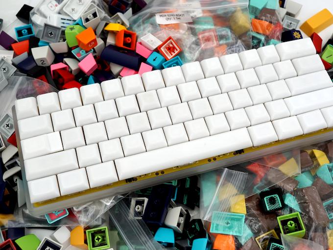 HUB prototypes on the BananaSplit 60% keyboard