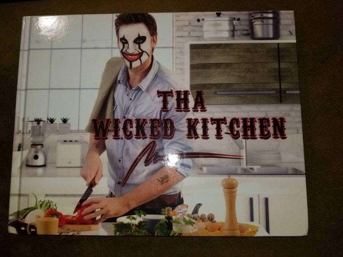 Tha Wicked Kitchen [sample cover]