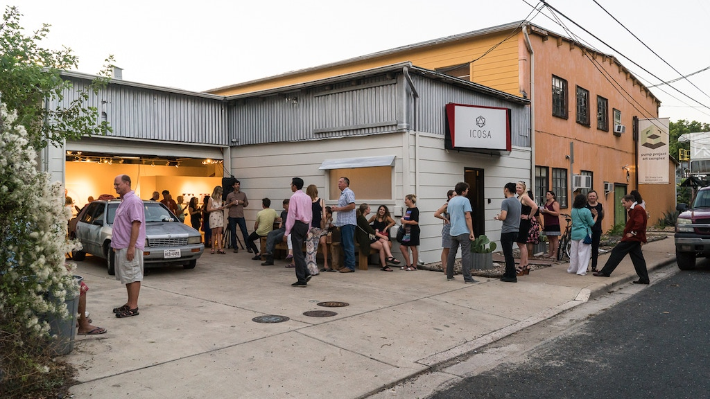 Artist-run ICOSA Collective moves to a new gallery space!