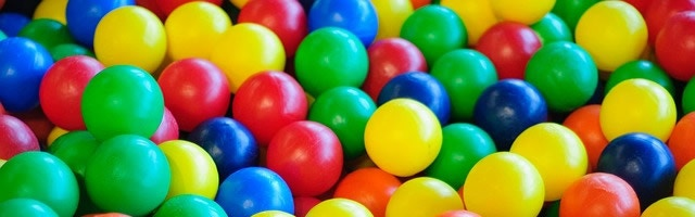 PLAY Ball Pit