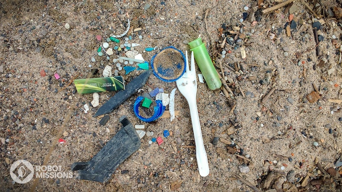 Debris found during Robot Missions Field Test at Sunnyside Beach, Toronto, ON. (June 2017)