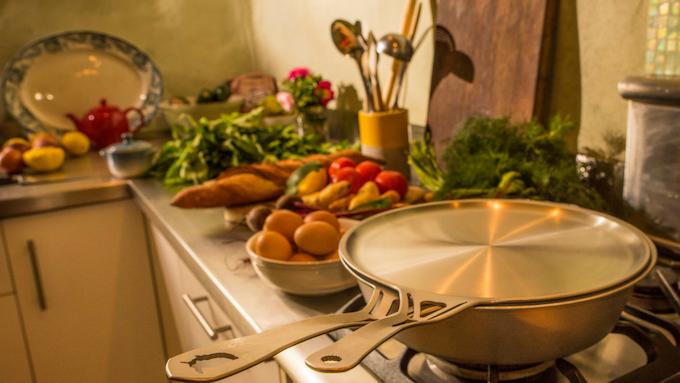 "nöni™ 11"" saute pan with nöni™ 11"" skillet-lid"