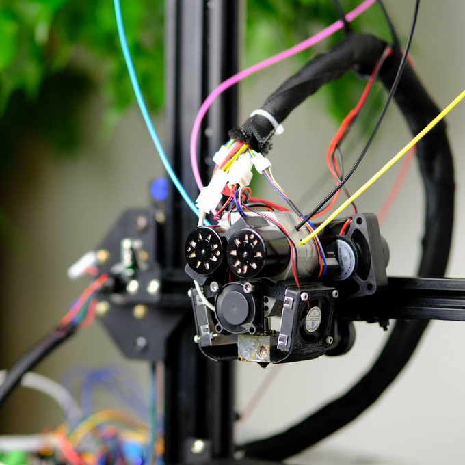 The QuadFusion Print Head- Making Color 3D Printing Possible by M3D