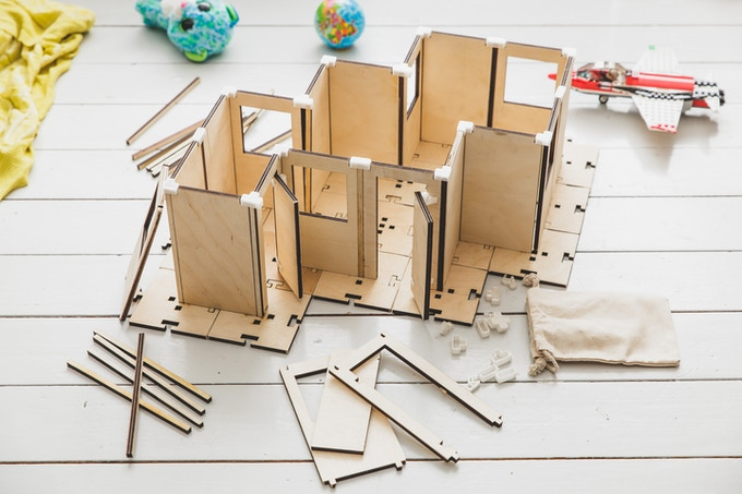 A house building kit with which you build the foundation of your creation.