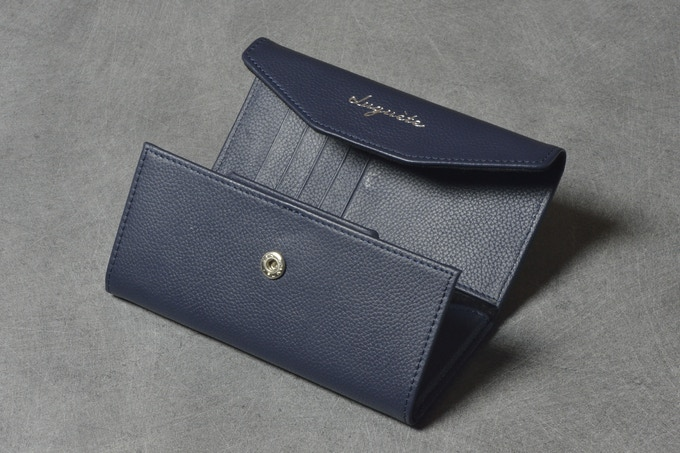 Foldable glasses wallet