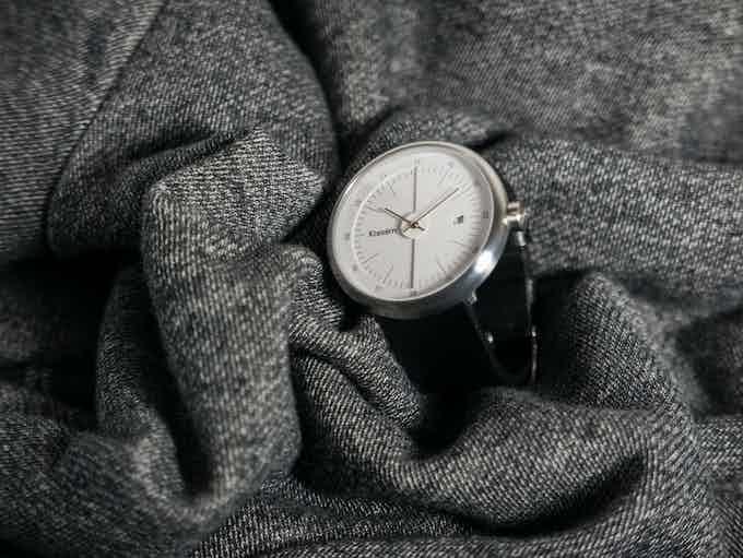 MOT 01 - Silver