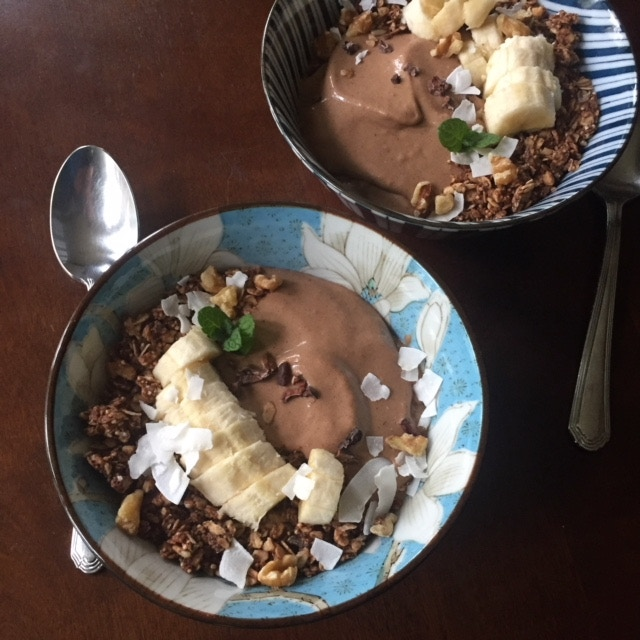 Cauliflower & Cacao Smoothie Bowl
