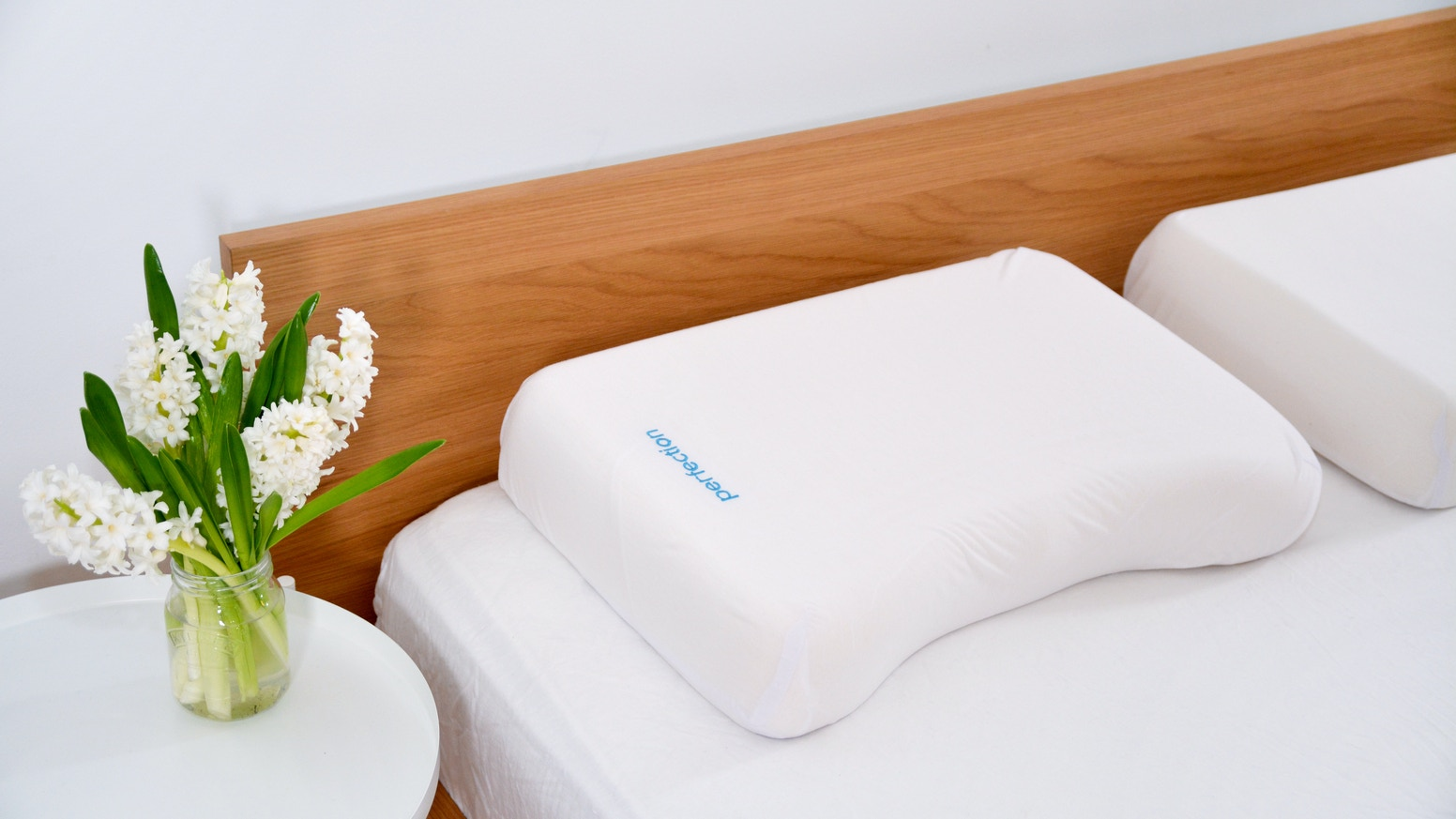 Designed with a revolutionary support structure, Perfection helps keep your head, neck, shoulders, and spine aligned while you sleep.