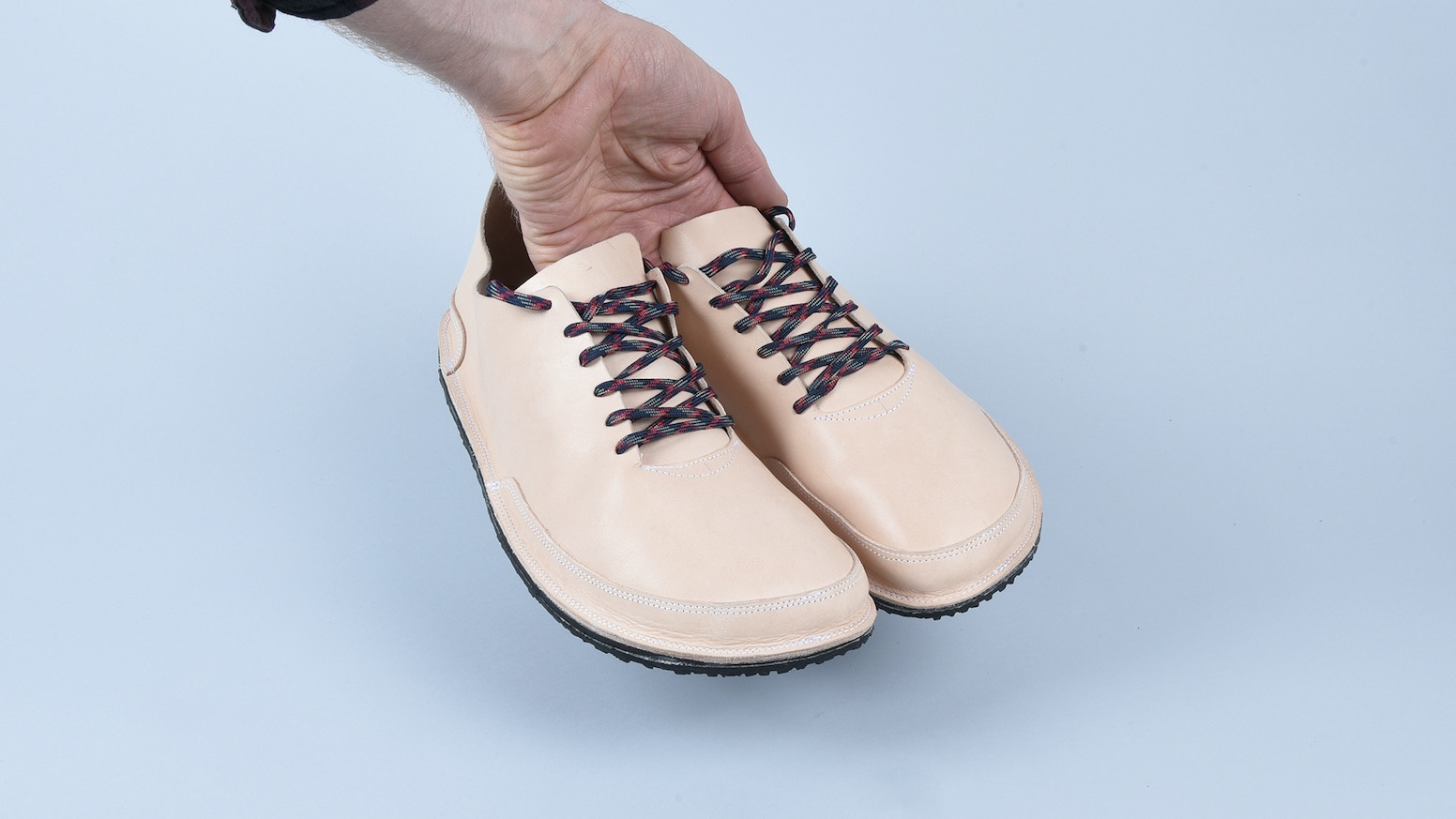 This is a simple RUNNING SHOE that you can make yourself or with some help from your local shoe repair service.