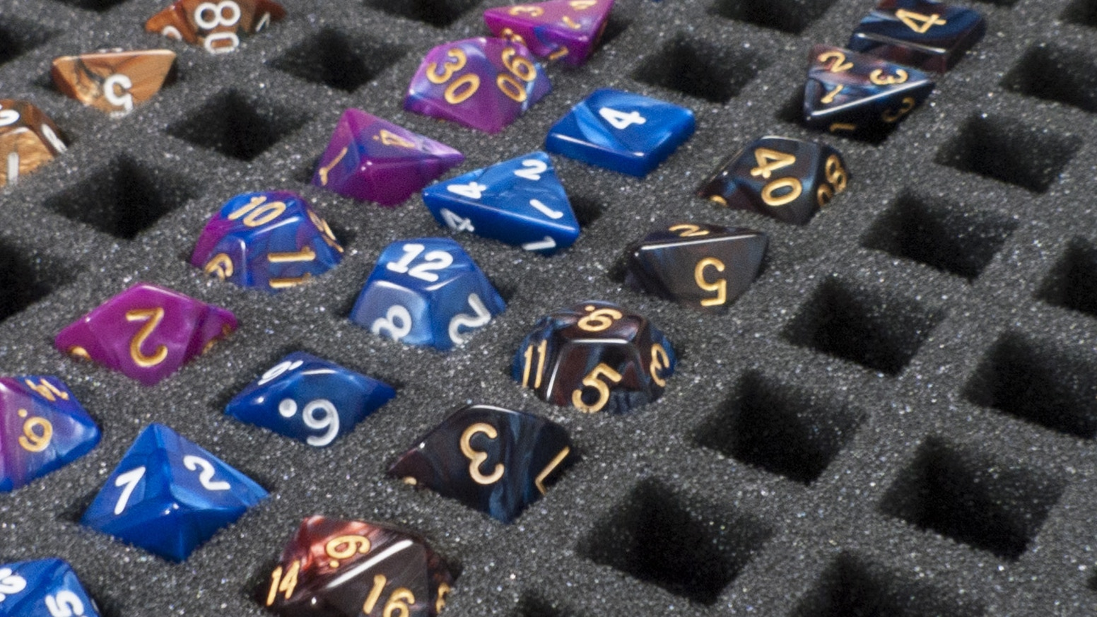 Storage container for Standard size 16mm Dice like those used in D-day Dice and Dungeons & Dragons.