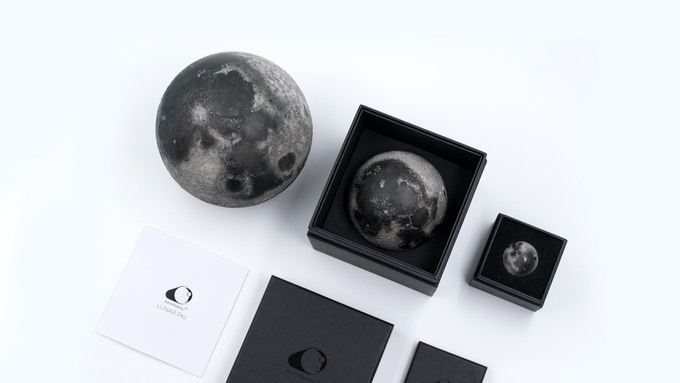 LUNAR packaging and models.