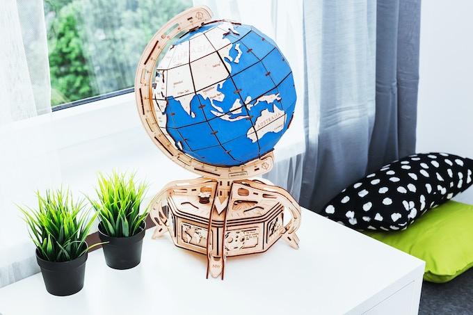 wooden.city globe