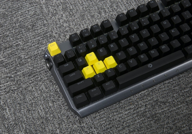 d5c67d58f9c Thanks for your incredible support! We have reached the $150K stretch goal,  every backer will receive extra 9 FREE PBT double shot keycaps(color:  yellow).