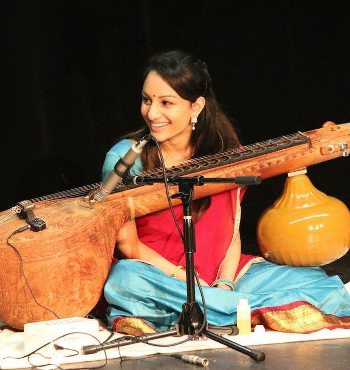 Priyanka Chary, veena