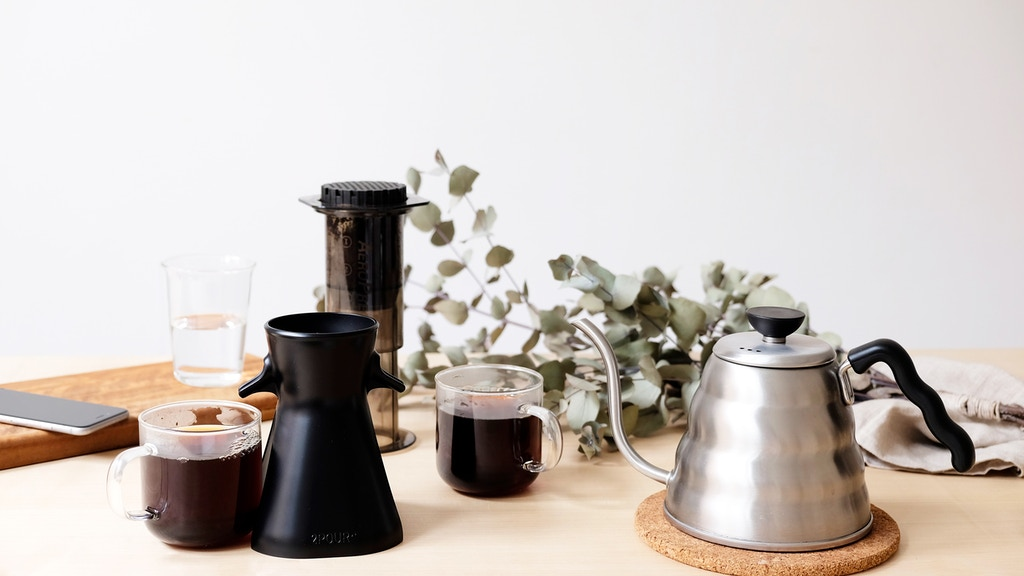 2POUR® A dual brew accessory for the Aeropress® coffee maker