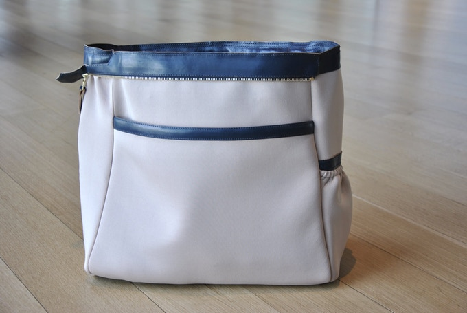 Interior Side-2: Padded Laptop Compartment