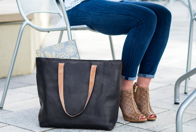 The Curie Bag in Black