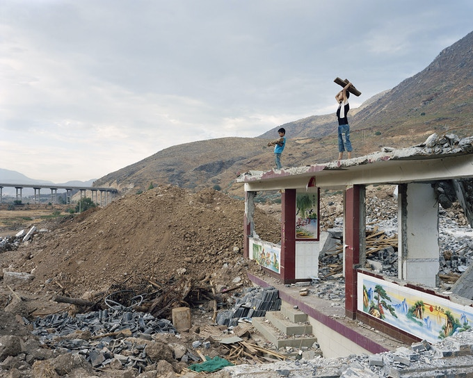 Y25 2,400km from the river source. From Mother River series (2010-2014), ©Yan Wang Preston.