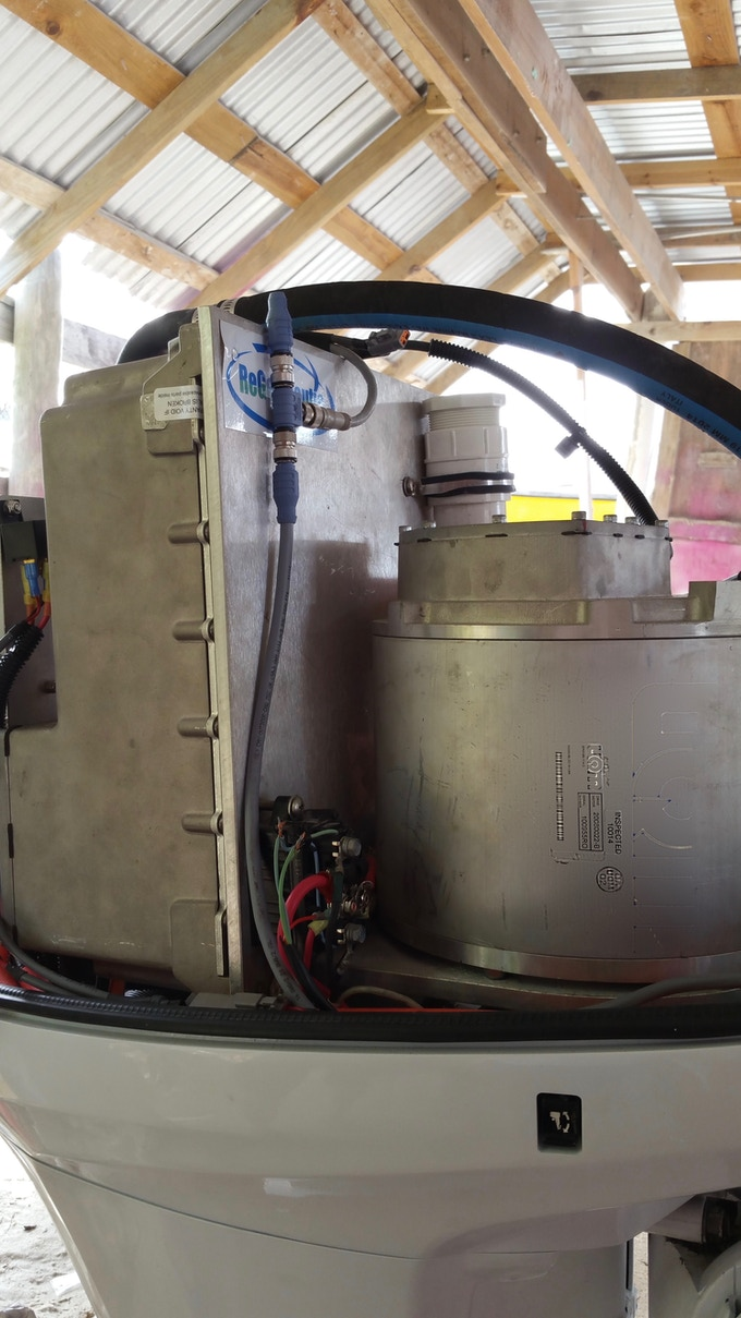 Picture of working Prototype Motor on Water Taxi in Mexico