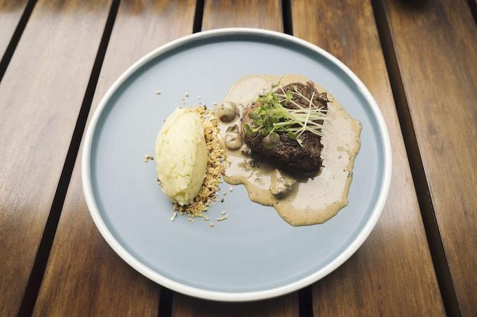 Beef fillet, cafe au lait, toasted sourdough crumbs with Parmesan & parsley mash