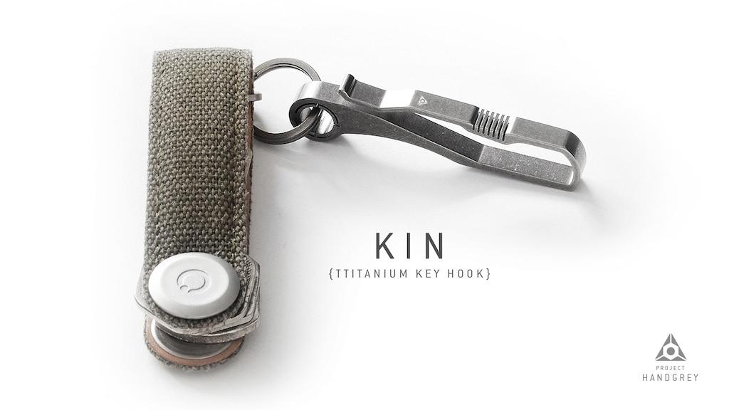 Handgrey KIN / TITANIUM Key & Belt hook Everyday Carry