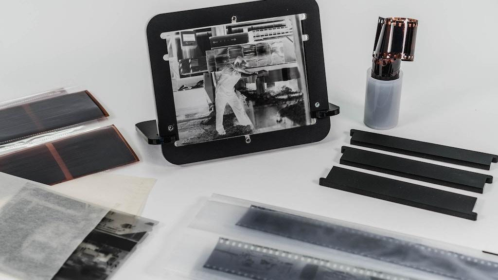 pixl-latr - helping you digitise 35mm, 120 & 4x5 film project video thumbnail